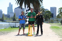 Sergio Perez, Sahara Force India F1 Team, plays cricket in Albert Park with Australian Internationals Brad Hodge and John Hastings