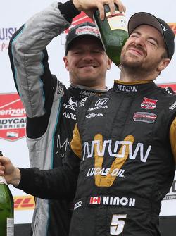 James Hinchcliffe, Schmidt Peterson Motorsports Honda and James Jakes, Schmidt Peterson Motorsports