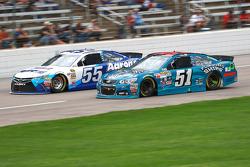 Brett Moffitt, Michael Waltrip Racing Toyota and Justin Allgaier, HScott Motorsports Chevrolet