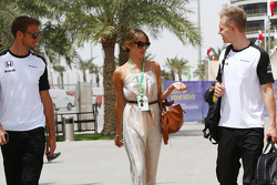 Jenson Button, McLaren with wife Jessica Button, and Kevin Magnussen, McLaren Test and Reserve Driver