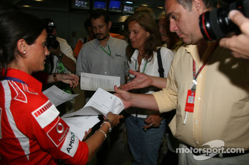 Press release announcing the retirement of Michael Schumacher