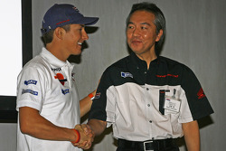 Nicky Hayden with Suguru Kanazawa