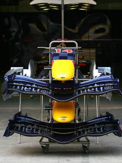 Red Bull Racing RB2 front wings