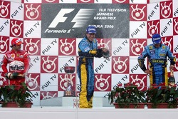 Podium: champagne for Fernando Alonso, Felipe Massa and Giancarlo Fisichella