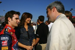 Jeff Gordon and his wife, Ingrid, talk with Taylor Hicks