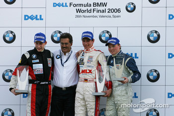 Podium: race winner Christian Vietoris with Josef Kral, Mika Maki and Dr. Mario Theissen