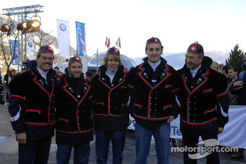 Dr Mario Theissen with Peter Sauber and Nick Heidfeld, Robert Kubica and Sebastian Vettel BMW Sauber F1 Team drivers 2006
