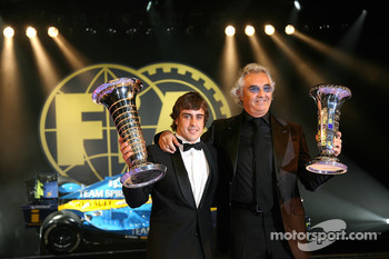 FIA Formula One World Championship: Fernando Alonso and Flavio Briatore, Renault F1