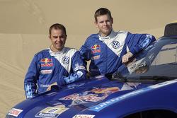Volkswagen Motorsport presentation in Dubai: Giniel de Villiers and Dirk von Zitzewitz
