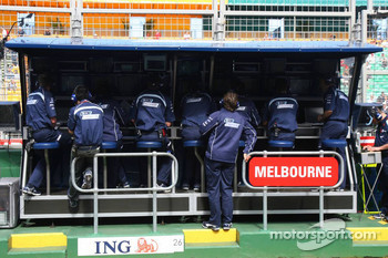 Williams F1 Team, Pit Gantry