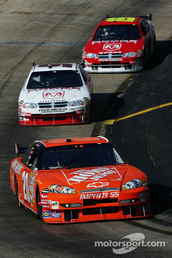 Tony Stewar leads Kasey Kahne and Elliott Sadler