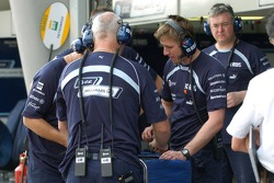 Technicans of Williams F1 Team