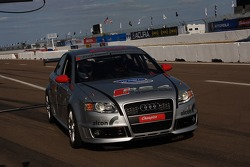 Motorsport.com's Richard Sloop takes a few laps around the St. Petersburg street circuit in a racing Audi RS4 driven by Panoz instructor, Nick Fanelli