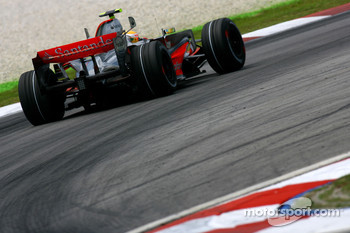 Lewis Hamilton, McLaren Mercedes, MP4-22