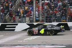 Regan Smith's damaged care returns to the race