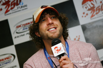 Former American Idol contestant Elliott Yamin, speaks during a press conference