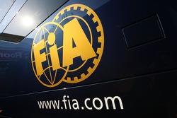 FIA Bus