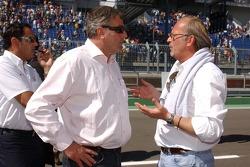 Fierce after-race discusssion: Walter Mertens, marketing manager ITR; Hans-Jurgen Abt, Teamchef Abt-Audi; Didier Cotton, manager Mika Hakkinen