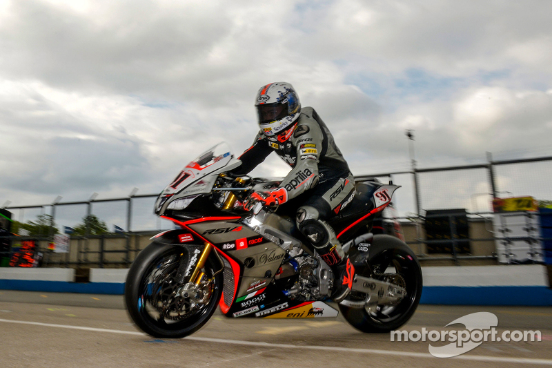 Journal du team Wsbk-donington-park-2015-leon-haslam-aprilia-racing-team