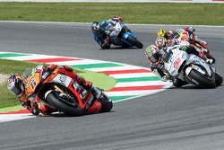 Stefan Bradl, Forward Racing Yamaha and Nicky Hayden, Aspar Racing Team Honda