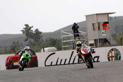 Jules Cluzel, MV Agusta Reparto Corse, devant Kenan Sofuoglu, Kawasaki Puccetti Racing