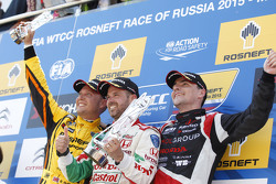 1st position Tiago Monteiro, Honda Civic WTCC, Honda Racing Team JAS, 2nd position Rob Huff, Lada Vesta WTCC, Lada Sport Rosneft and 3rd position Norbert Michelisz, Honda Civic WTCC, Zengo Motorsport