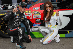 Polesitter Kasey Kahne, Hendrick Motorsports Chevrolet with Miss Coors Light