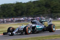 Lewis Hamilton, Merecdes