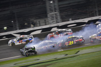 Denny Hamlin, Joe Gibbs Racing Toyota spins at the finish