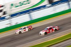 Kyle Larson, Chip Ganassi Racing Chevrolet and Kevin Harvick, Stewart-Haas Racing Chevrolet