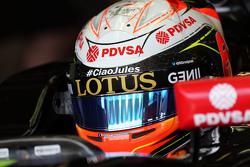 Romain Grosjean, Lotus F1 E23 with a tribute to Jules Bianchi