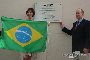 Plaque for Monaco Senna Celebration, Vivian Senna, and Prince Albert II of Monaco