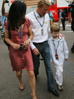 Erja Hakkinen wife of Mika Hakkinen, Mika Hakkinen, Former F1 World Champion and Hugo Hakkinen, Son of Mika and Erja