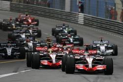 Start: Fernando Alonso, McLaren Mercedes, MP4-22, Lewis Hamilton, McLaren Mercedes, MP4-22 and Felipe Massa, Scuderia Ferrari, F2007