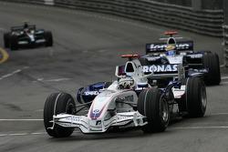 Nick Heidfeld, BMW Sauber F1 Team, F1.07 and Nico Rosberg, WilliamsF1 Team, FW29