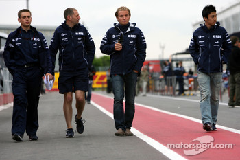 Nico Rosberg, WilliamsF1 Team, Kazuki Nakajima, Test Driver, Williams F1 Team