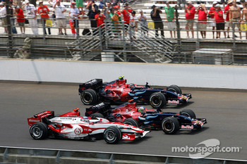 Takuma Sato, Super Aguri F1 along side Vitantonio Liuzzi, Scuderia Toro Rosso and Scott Speed, Scuderia Toro Rosso, STR02