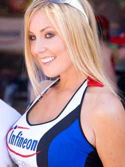 A lovely Infineon Raceway girl