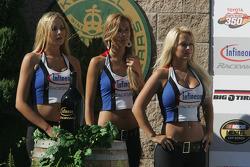 Infineon Girls
