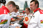 Technical debriefing for Sébastien Bourdais