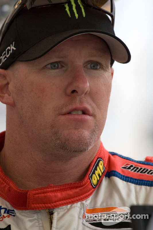 Paul Tracy back in pit lane after a race incident on the first lap