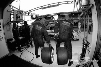 Kruse Motorsport team members practice pitstops