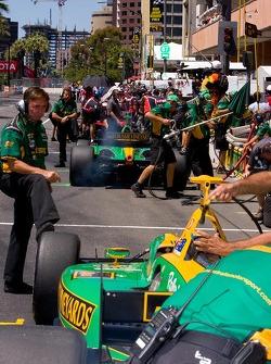 Champ Car pitlane action during qualiying