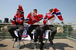 Pre-event press conference: Patrick Carpentier, Pierre Kuettel and Carl Edwards receive a Montreal Canadiens hockey club jersey