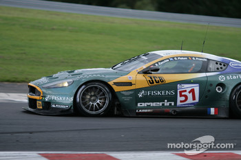 Bus stop: #51 Amr Larbre Competition Aston Martin DBR9: Gregor Fisken, Steve Zacchia, Gregory Franchi