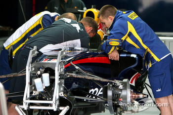 Red Bull Racing team members and Renault Engineers work on their car- Formula 1 World Championship, Rd 13, Italian Grand Prix, Thursday