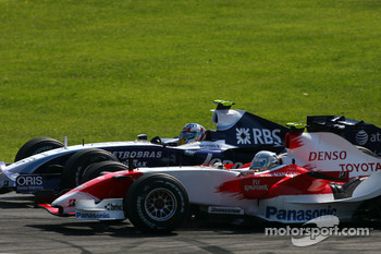 Jarno Trulli, Toyota Racing , Alexander Wurz, Williams F1 Team