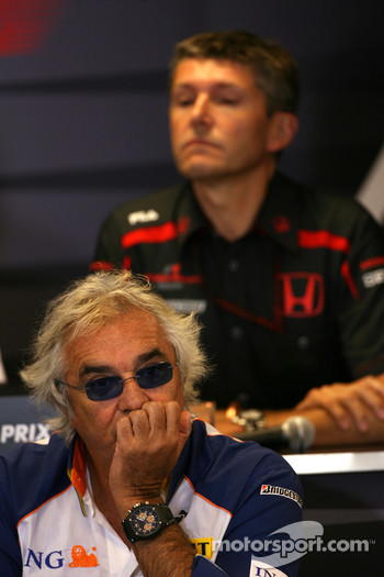 Flavio Briatore, Renault F1 Team, Team Chief, Managing Director, Nick Fry, Honda Racing F1 Team, Chief Executive Officer