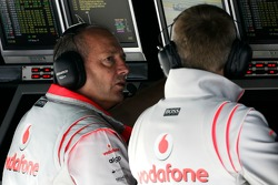 Ron Dennis, McLaren, Team Principal, Chairman and Martin Whitmarsh, McLaren, Chief Executive Officer on the pitwall