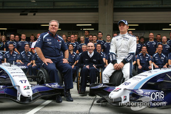 Williams F1 Team, Team Photo, Patrick Head, WilliamsF1 Team, Director of Engineering, Sir Frank Williams, WilliamsF1 Team, Team Chief, Managing Director, Team Principal and Nico Rosberg, WilliamsF1 Team